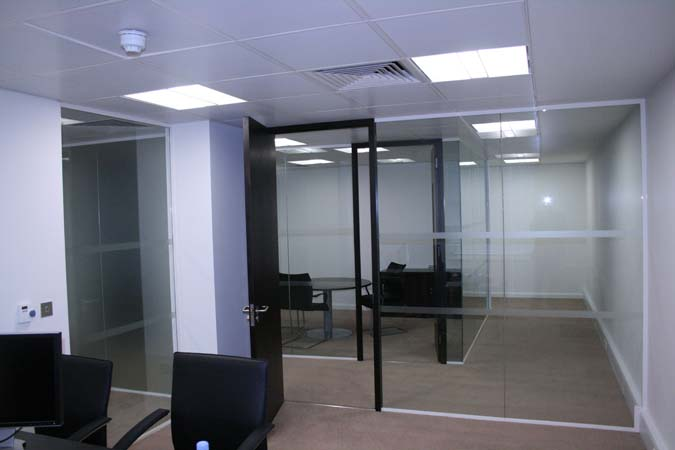 Octopus 100 Glazed Partition Installation In Grosvenor Street, Mayfair,  London W1