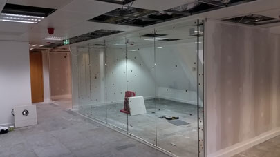 Office Partition installation in Moorgate EC2 nearing completion